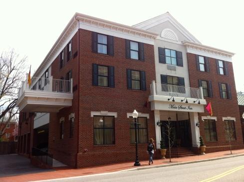 Main Street Inn_Exterior